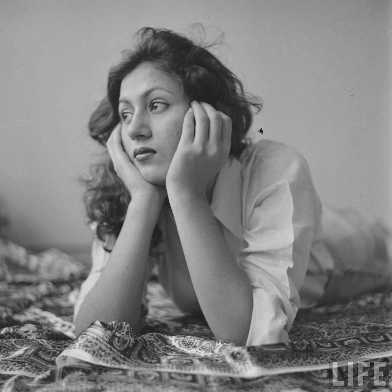 Hindi Movie Actress Madhubala in her Room- Photographed by James Burke for Life Magazine 1951 (9)