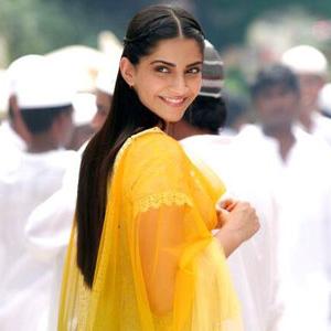 Sonam-Kapoor-Raanjhanaa