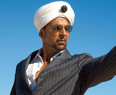 Akshay Kumar as Sardaar in Singh is King