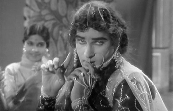 Shammi Kapoor as a Girl or woman