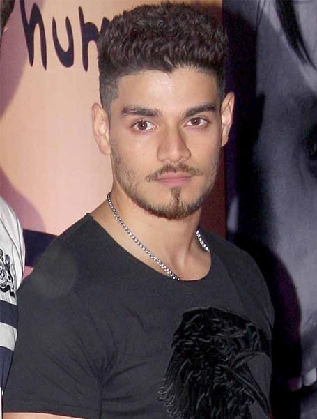 Suraj Pancholi Legal controversies