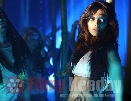 Deepika padukone Dum maro dum