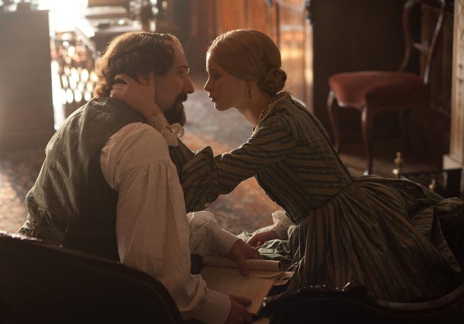 The invisible woman love scene kiss romantic best movie 2013