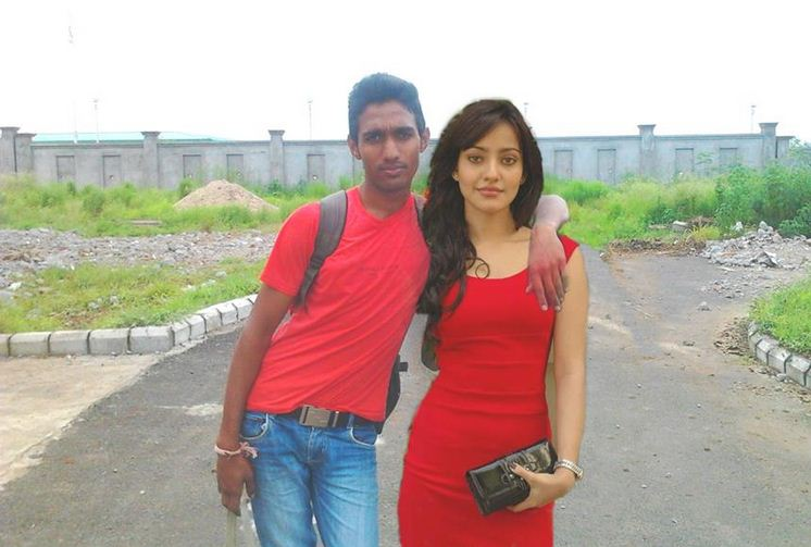 [Image: Bollywood-RIP-Photoshop-Indian-22.jpg]