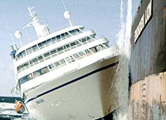 Speed 2 Cruise Control best movies about ships and ship journey